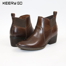 The new high-end leather with simple fashion atmosphere women short boots, strong gas field comfortable feet