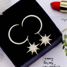 Ruifan Moon Star Shape Gold/Silver Color Cubic Zircon 2019 Fashion Women Earrings Korean Style Earring Jewelry Gift Girl YEA077