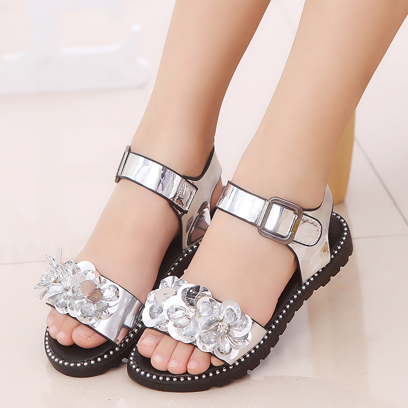 2018 new sandals Princess shoes crystal sandals girl flat shiny rhinestone big sandals female student shoes