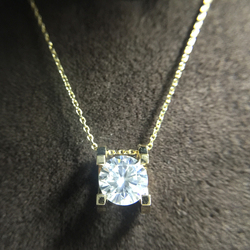 1.0ct 6.5mm VVS1 DEF Round Cut 14K Yellow White Gold Moissanite Pendant With 14K Gold Chain Necklace For Women in Fine Jewelry
