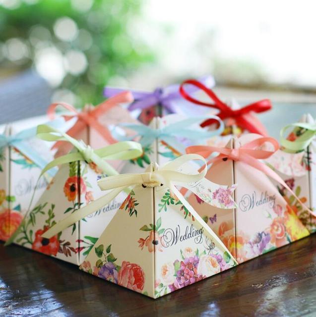Wedding box gift box flower ribbon pyramid candy box favor box paper bag wedding gifts for guests wedding decoration 50pcs/lot