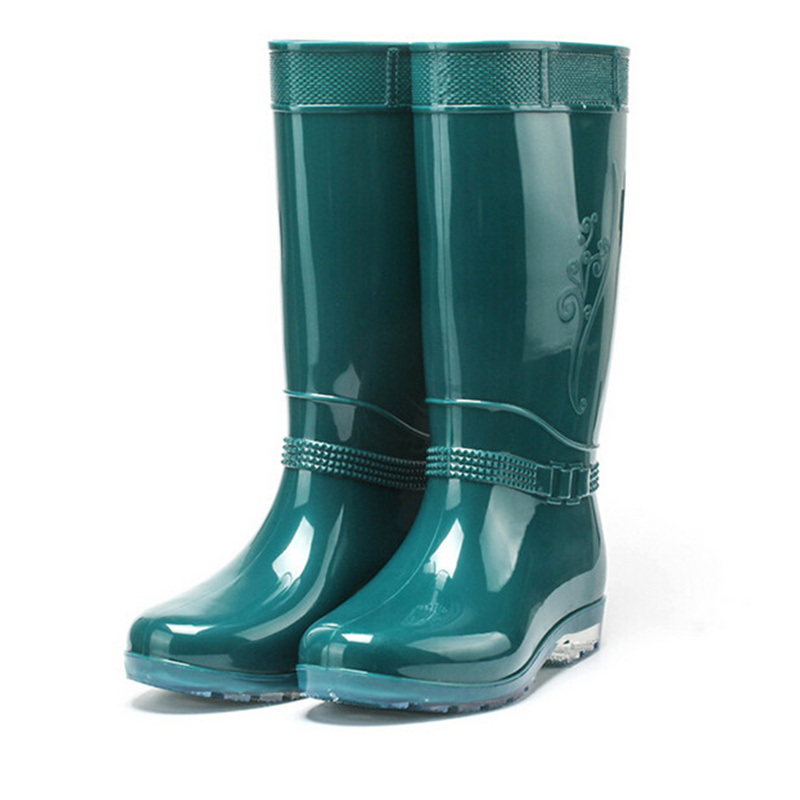 Rubber Rain Boots For Woman 2017 Spring Autumn Round toe Knee High Waterproof rainboots Candy Color