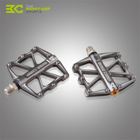 2017 New Professional Mountain Bike Pedals MTB Road Cycling Sealed Bearing Pedals BMX Ultra Light Bicycle