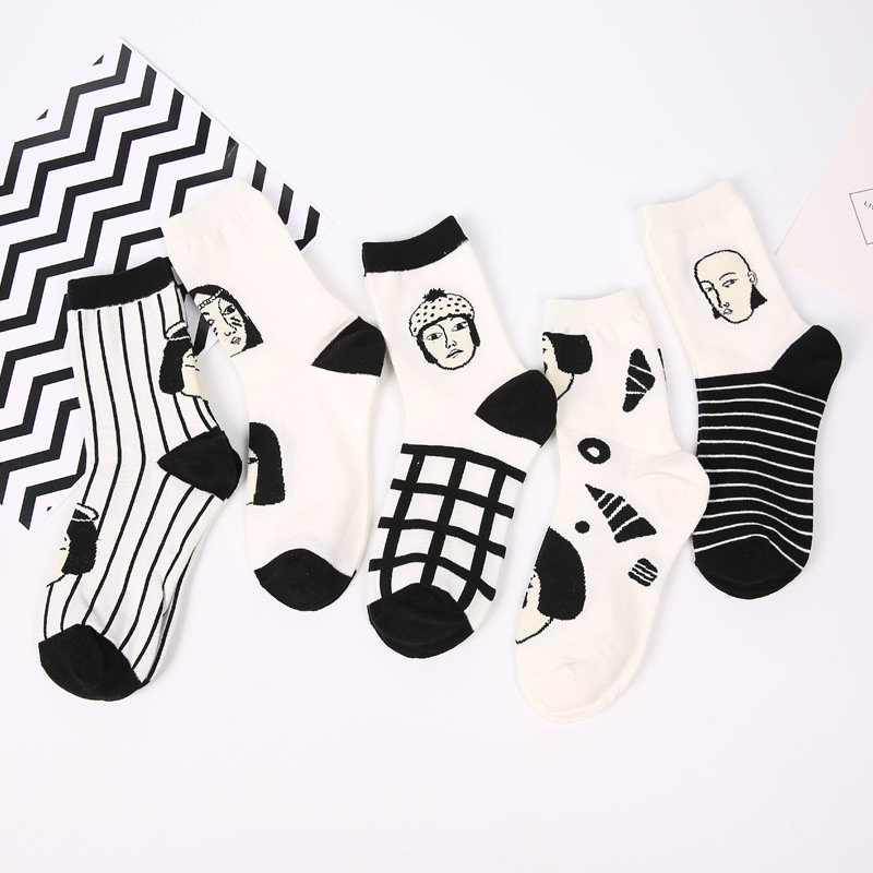 SP&CITY 5 Pairs Japan Style Cool Sexy Women Funny Head Patterned Short Socks Cotton Funny Hipster Art Ankle Style Harajuku Sox