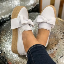 цена на LOOZYKIT 2019 Solid Women Flats Platform Shoes Slip On Casual Ladies Canvas Shoes Bow Knot Thick Bottom Lazy Loafers Espadrilles