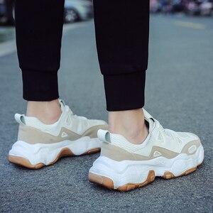 Image 4 - YIKUYUBO 2019 nuevos zapatos deportivos transpirables casuales de moda para hombres zapatillas de correr portátiles con cordones