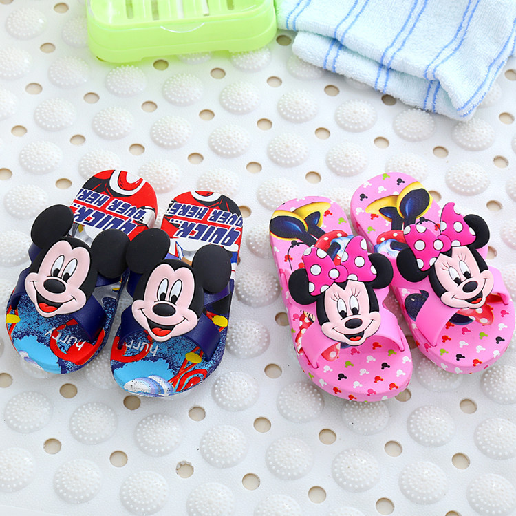 540b66c69a44d8 2018 New children cool slippers cartoon Mickey boys girls sandals summer non  slip cute bathroom beach Indoor Minnie shoes-in Slippers from Mother   Kids  on ...