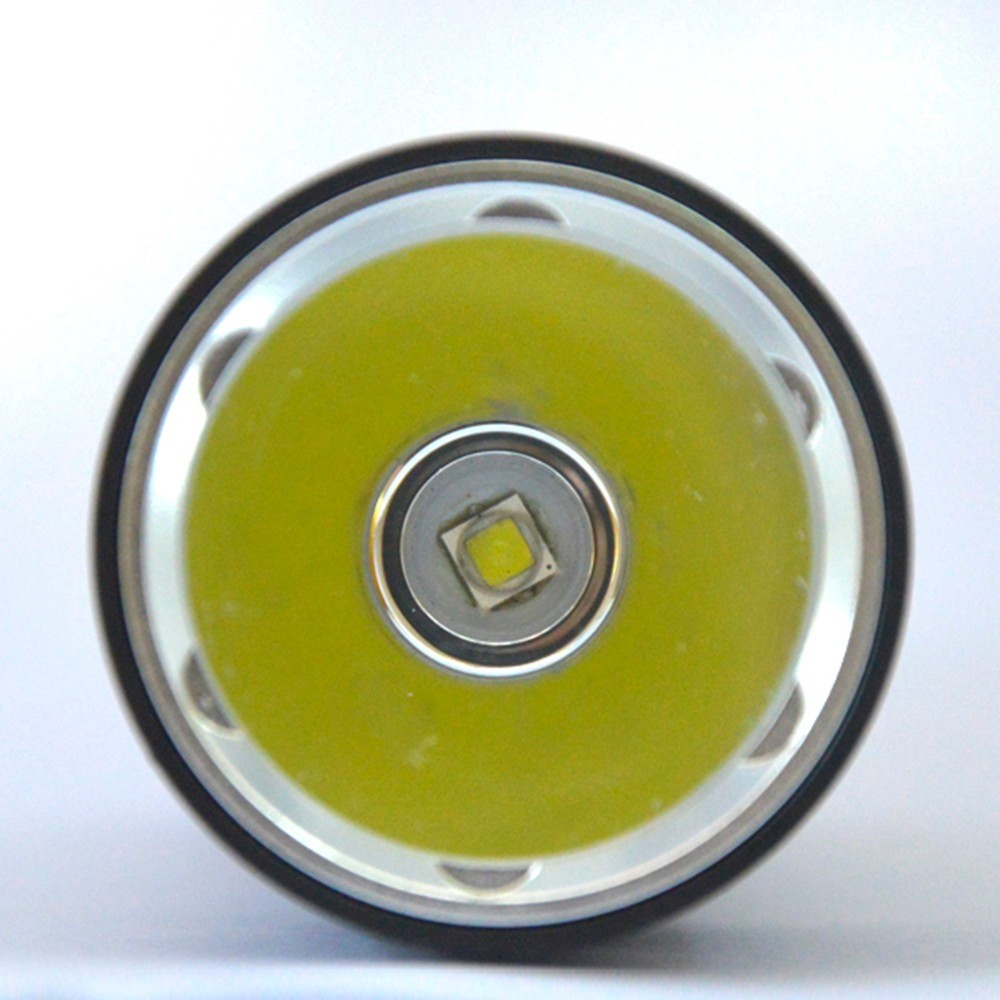 DV21 L2 LED diving flashlight (6)