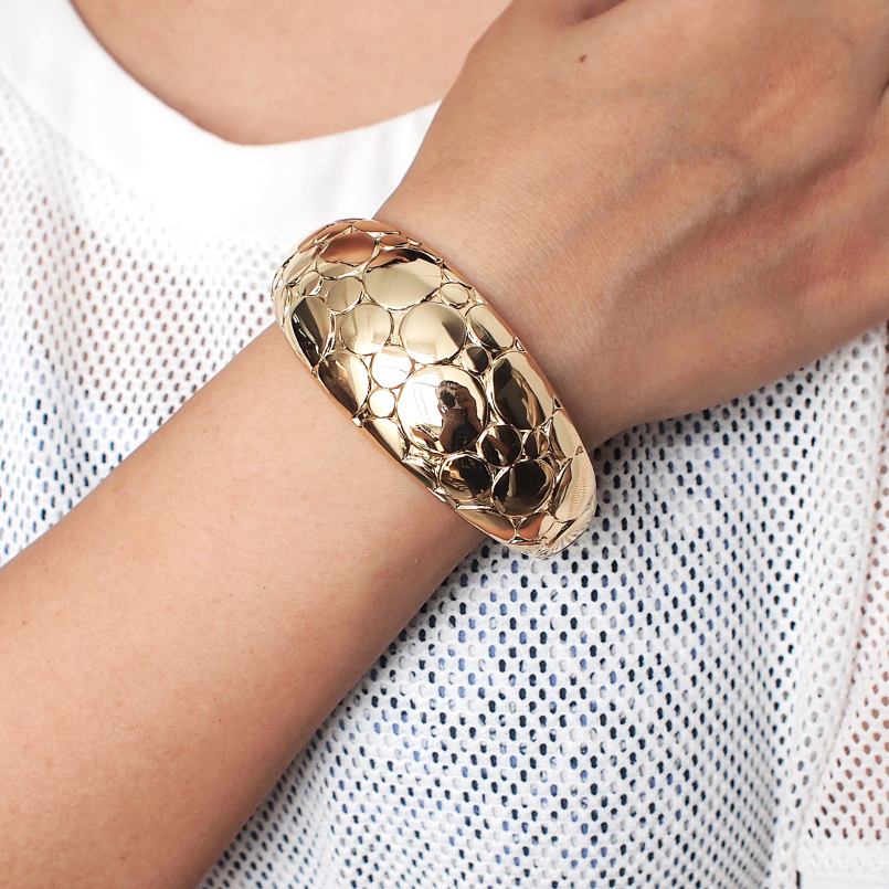 31868c975afce US $3.74 25% OFF|MANILAI Punk Rough Surface Alloy Big Bangles Trend Golden  Sillver Color Statement Cuff Bracelets For Women Jewelry Accessories-in ...
