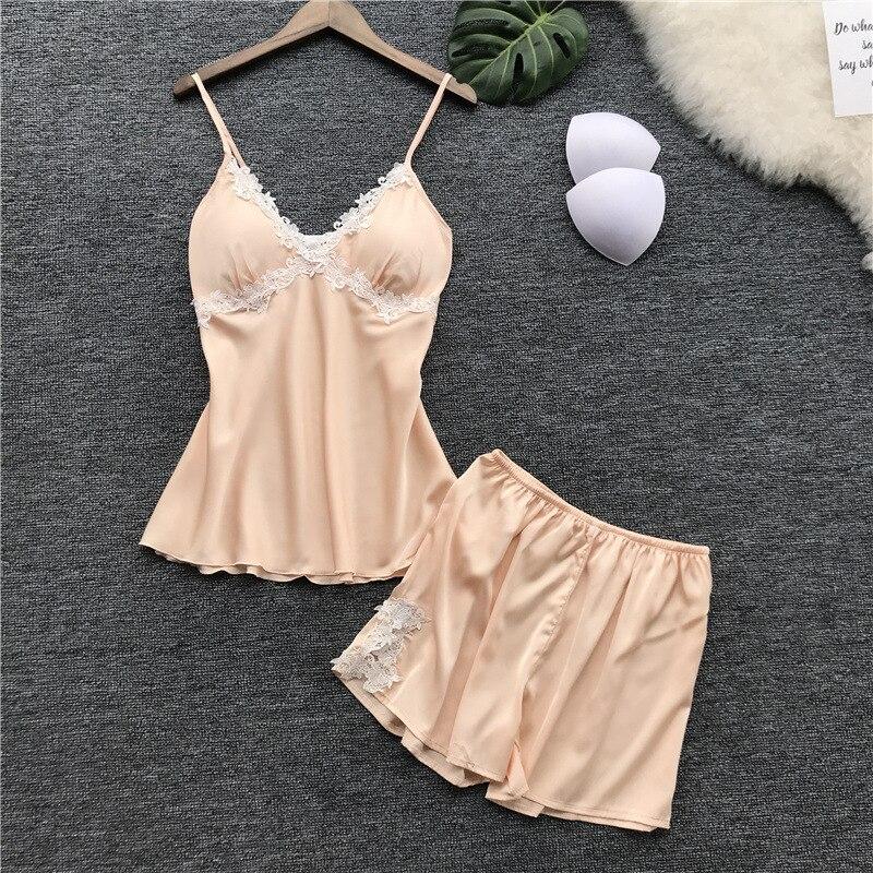 2018 Summer Pajamas Strap Top And Shorts 2 Piece Women Sleepwear Faux Silk Pijamas Underwear Appliques Sexy Nightwear Pyjamas