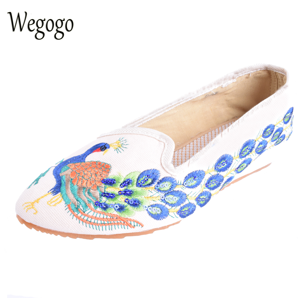 Wegogo Women Ethnic Shoes Flats Elegant Pointed Toe Old Beijing Canvas Peacock Embroidered Shoes Single Dance Shoes Size 34-41 women flats summer new old beijing embroidery shoes chinese national embroidered canvas soft women s singles dance ballet shoes