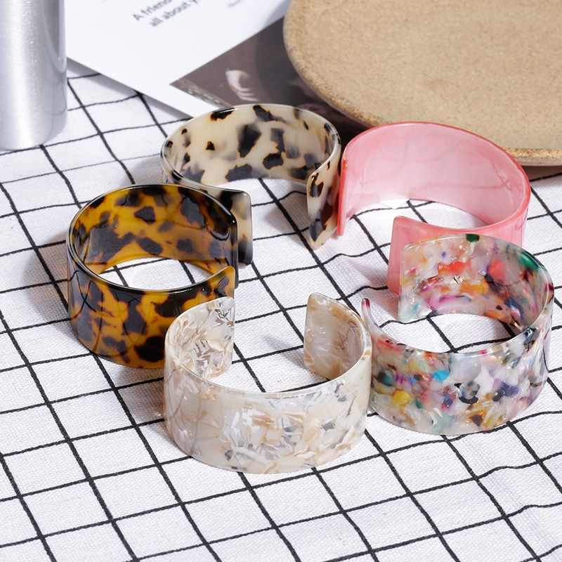 New Arrival Tortoiseshell Acrylic Bangle Bracelet Boho Women Leopard Resin Open Cuff Bracelet Vintage Jewelry Accessory bijouxs