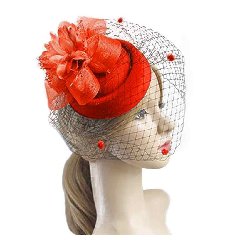 8f6b623fe2f12 Feather Net Hat Hair Clip Winter Embroidered Veil Women Cocktail Wedding  Party Bridal Hat Fascinator Ladies