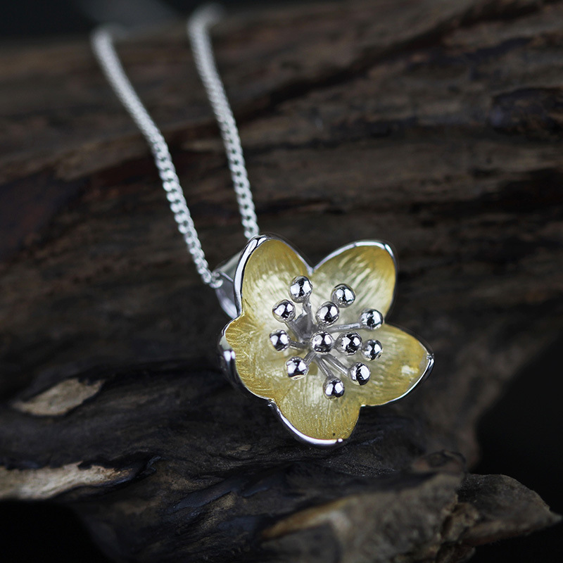 Poetic 925 sterling silver jewelry  hand made flower petal pendant
