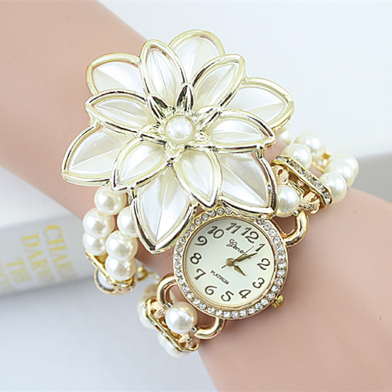 2017 Hot Sale Lady Luxury White Flower Bracelet font b Watches b font Women Fashion Pearl