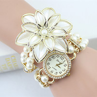 2017 Hot Sale Lady Luxury White Flower Bracelet Watches Women Fashion Pearl Quartz Wristwatches Relogio Feminino