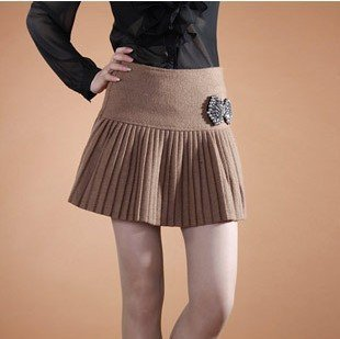 Free shipping!!!hot!!!2011 528131 paragraph sexy bust skirt expensive gas manual nail bead thickening woollen 100 fold mini skir
