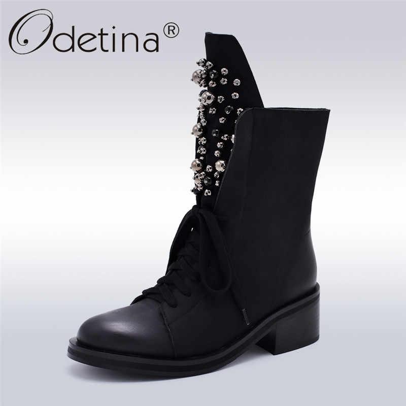 Odetina แฟชั่นฤดูหนาวกลางลูกวัวรองเท้าบูทรองเท้าผู้หญิงรอบ Toe สแควร์ส้นรัสเซีย Snow Boots ลูกไม้ขึ้นลูกปัดรองเท้า