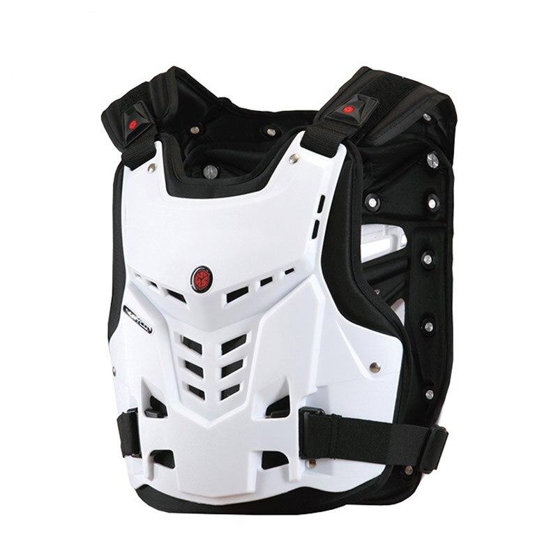 Moto cavalier équipé de vêtements tout-terrain armure, anti-chute course protection de poitrine, vêtements de protection
