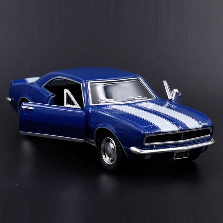 Diecasts & Toy Veículos de alta Simulação Requintado: kiNSMART Carro Styling 1967 Chevrolet Camaro Z28 1:37 Liga Modelo Pull Back Carros