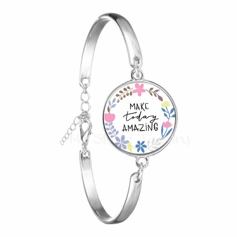 Nueva pulsera de verso de la Biblia de moda CUADRO DE ARTE 18mm cúpula de cristal encantos pulseras escritura cita joyería regalos cristianos para niños