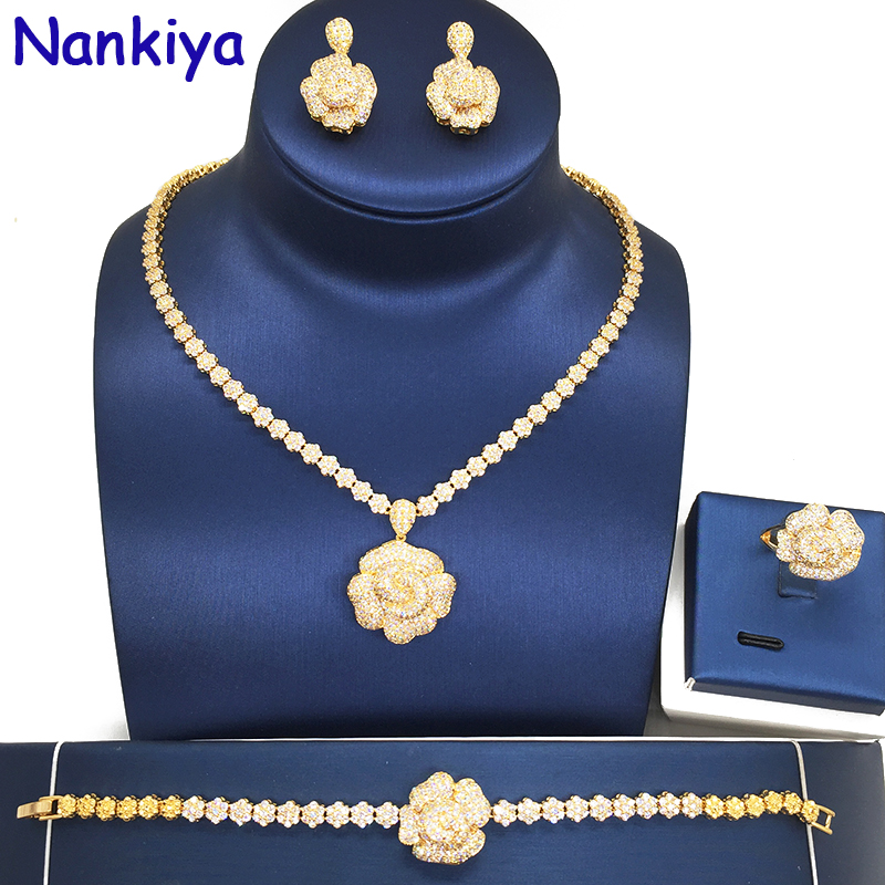 Takı ve Aksesuarları'ten Takı Setleri'de Nankiya Lüks Gül Çiçek Kadınlar Düğün 4 adet dubai mücevher seti Kaplamalı AAA Zirkonya Romantik gelin seti Takı Lady Elbise NC164'da  Grup 1