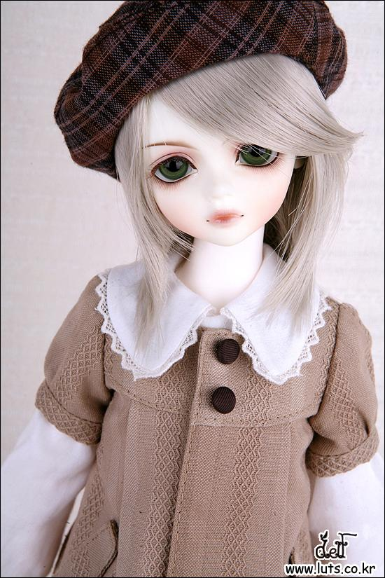 1/4 scale 43cm  BJD nude doll DIY Make up,Dress up SD doll.Kid Delf Boy CHERRY(Realskin White).not included Apparel and wig