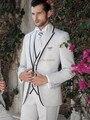 Chegada nova Estilo Clássico Branco Do Noivo Smoking homens Padrinhos de Casamento Ternos de Baile Custom Made Noivo (Jacket + Pants + colete + Gravata)