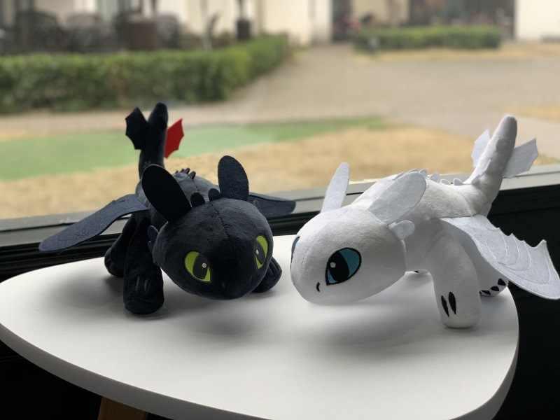 Como treinar O Seu Dragão Desdentado Fúria Dragão Fúria Noite de Luz Brinquedos Para Crianças Presentes de Aniversário 35 centímetros Boneca de Pelúcia brinquedos