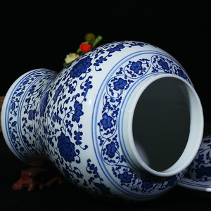 Image 4 - Chinese Style Antique Imposing Ceramic Ginger Jar Home Office Decor Blue and White Porcelain Vase