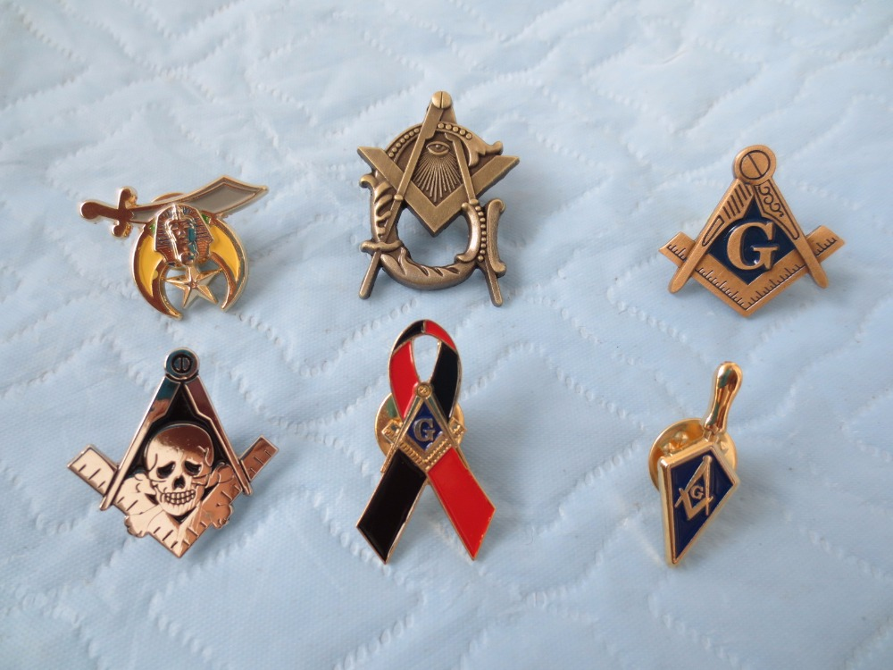 wholesale 6 different style of Masonic Lapel Pins Badge Mason Freemason size is from 2.5cm to 3.2cm