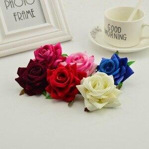Image 2 - 100 stücke seide rosen kopf DIY hand kränze hut blume rot rosa weiß blau künstliche blume billig für home hochzeit dekoration