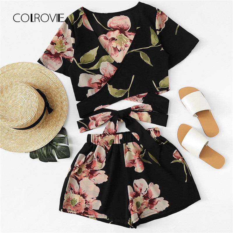 COLROVIE Floral Crisscross Tie Detail Top With Shorts 2018 New Deep V Neck Knot Clothing Set Summer Vacation Wrap Two Piece Set
