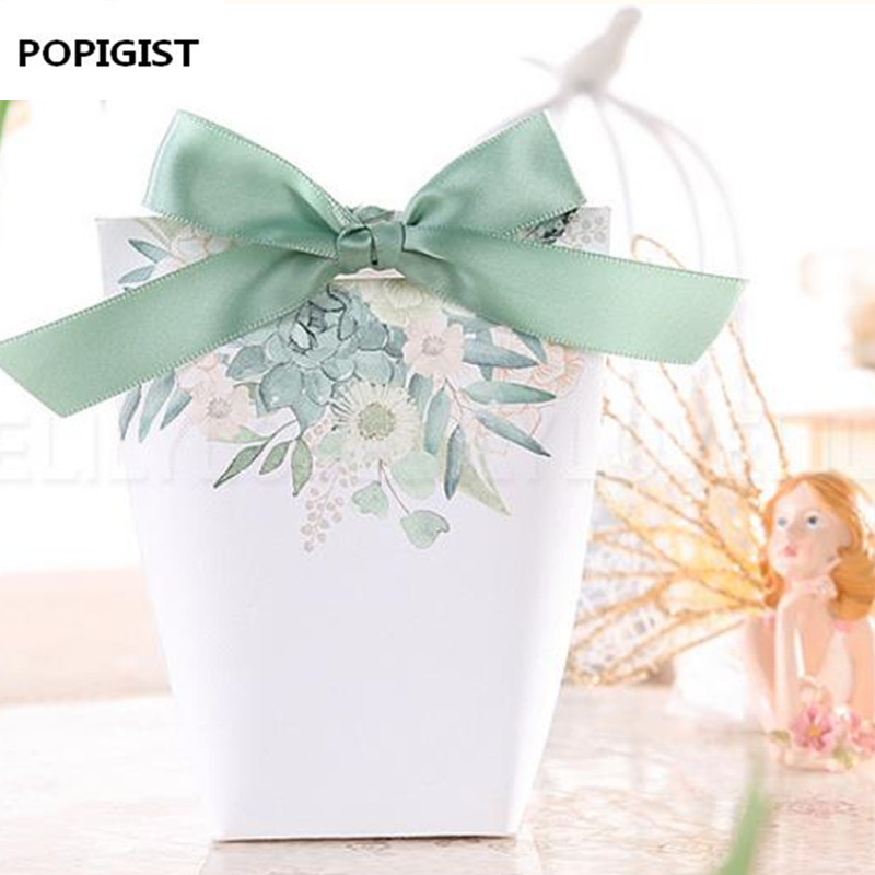 New White/Green Flowers Wedding Favors Candy Boxes Bomboniere Save The Date Gift Box Party Chocolate Box Three Designs 50pcs