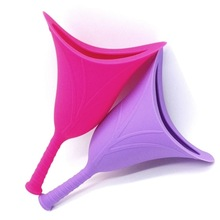 Female travel emergency lady standing soft silicone urinal collapsible portable funnel urinal girl woman mobile toilet urination