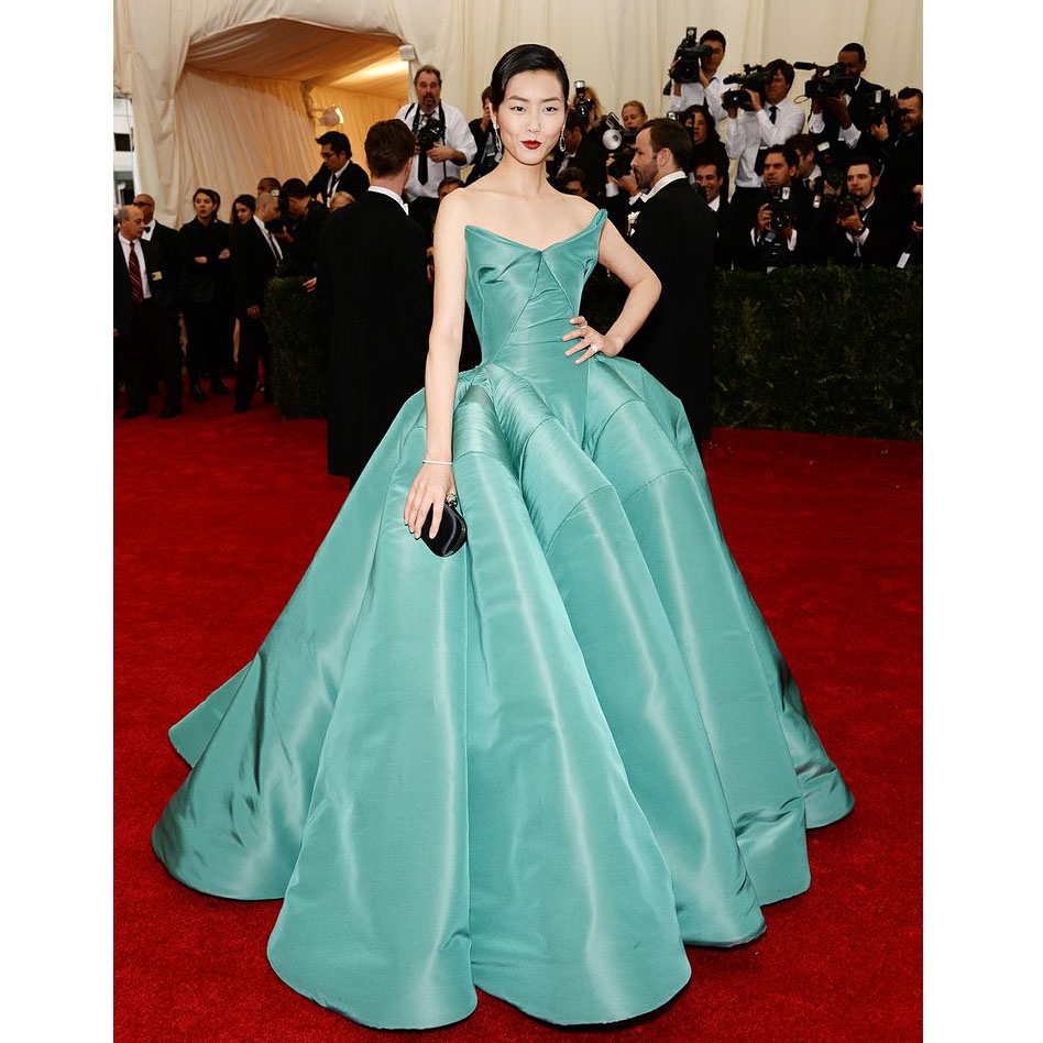 Supermodel Liu Wen Celebrity Dresses At Red Carpet Strapless Elegant Ball Gowns Ruffles Puffy Backless Evening In Inspired
