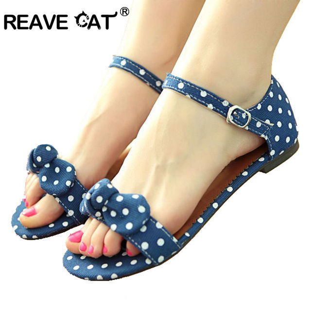 $ US $11.66 REAVE CAT Big Size 34-43 Sweet Polka Dot Bow shoes Transpierce Gentlewomen Brief Hasp flat-bottomed Female Sandals  Summer flat