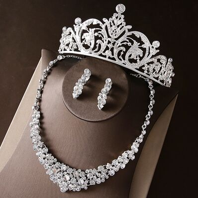 2017 New Silver Crystal Necklace Earrings for Women Wedding Jewelry Sets Whit K Plated Bridal Jewelry Sets With Tiaras & Crowns (2)