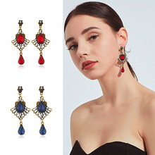 Crystal Water Drop Palace Retro Water Drop Rhinestones Female Earrings Sweet Earrings Long Earrings Crystal Earrings For Women pair of stylish faux crystal pearl water drop earrings for women