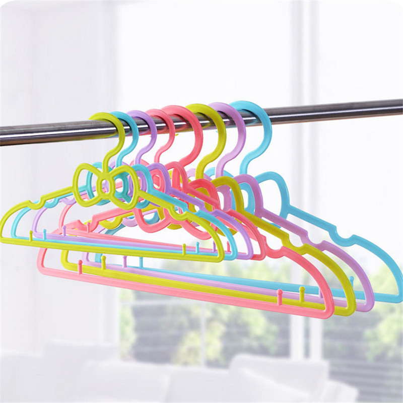 5pcs/set Fashion Plastic Candy Color Children Baby Clothes Hanger Hook Non Slip Wet And Dry Adult Clothes Rack