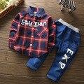 2016 Moda conjuntos de roupas de Bebê Menino Cavalheiro Terno Criança Set Roupas Meninos Meninos Camisa jeans de Manga Comprida Roupas Set Outfits