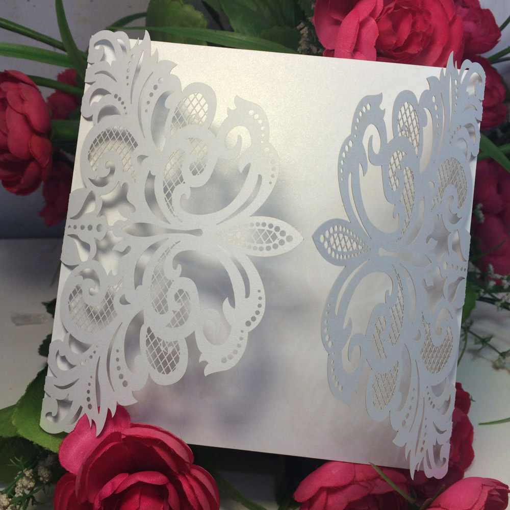 10Pcs European Style Laser Cut Wedding Invitation Card Iridescent Paper Carved Pattern Hollow Out Wedding Cards Party Supply