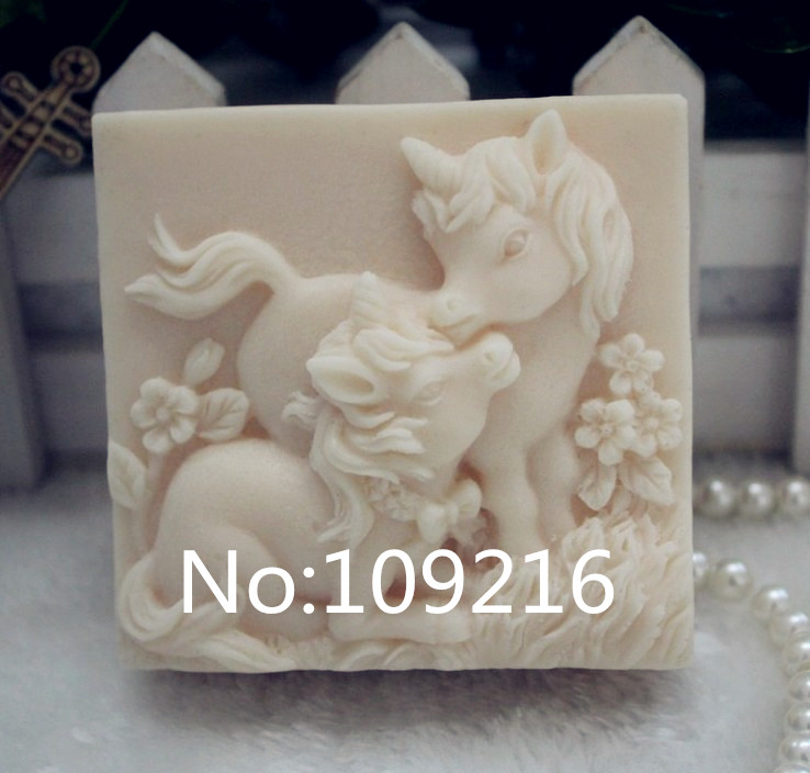 wholesale!!!1pcs Parent child Horses (ZX235) Silicone Handmade Soap Mold Crafts DIY Silicone Mould