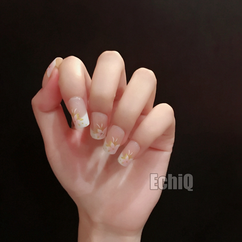 Square Flower Fake French Nails Pre designed Quality Lady White ...