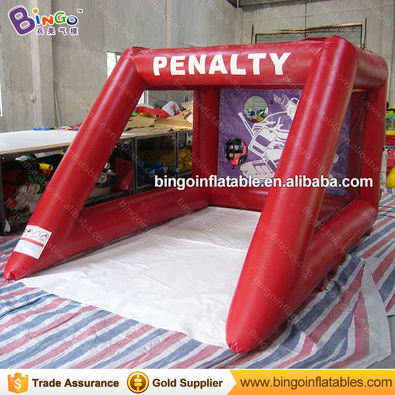 2017 Red PVC Inflatable Football Goal Gate / Inflatable Soccer Gate for kid outdoor football Practice giant inflatable games funny summer inflatable water games inflatable bounce water slide with stairs and blowers