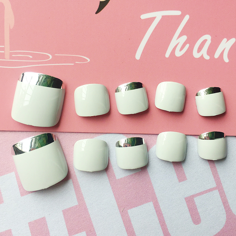 24 Pcs/set Classical French Summer Toe Fake Nails Silver Fresh Green Short Square Press  ...