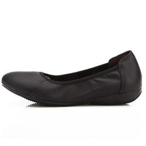 Image 2 - TIMETANG אופנה אמיתי עור בלט שטוח נעלי אישה מחודדת בתוספת מוצק שחור רדוד רך משרד עבודה בהריון נעלי אישה