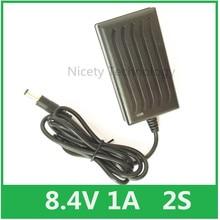 1A inteligente Carregador 8.4 V para 7.4 V 7.2 V Li ion Bateria de Li po, Farol, t6/P7 LED de Bicicleta, Farol, EUS 5.5/2.1mm