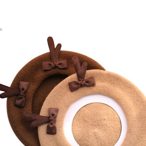 Image 2 - 소녀 봄 겨울 베레모 모자 귀여운 사슴 경적 양모 베레모 여성 Bowknot 화가 스타일 모자 여성 보닛 따뜻한 산책 모자 antlers