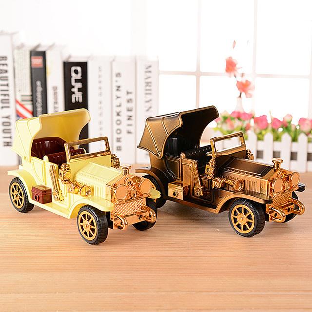 1 unid retro classic cars modelo de simulación de plástico del automóvil decoración de regalo de cumpleaños caja de música clásica toys for kids niños